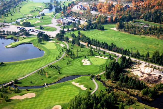 Areal - Club de Golf Royal Laurentien - Golfer Photos